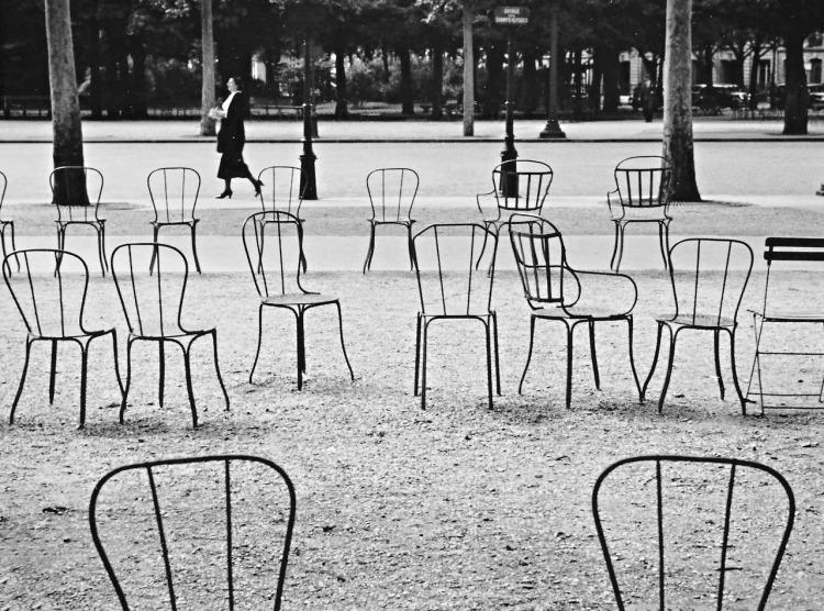 Champs Élysées Paris 1927, fotografía de André Kertész